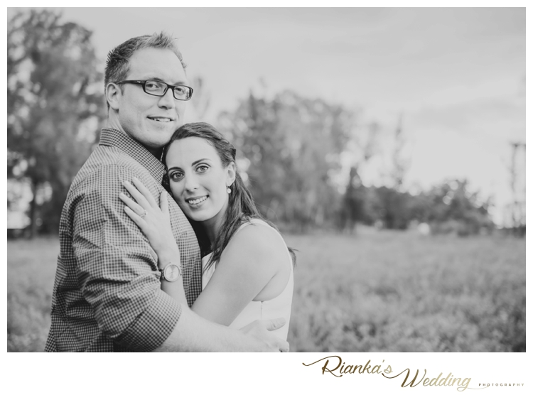 riankas wedding photography in love engagement shoot simone george florence guest farm00011