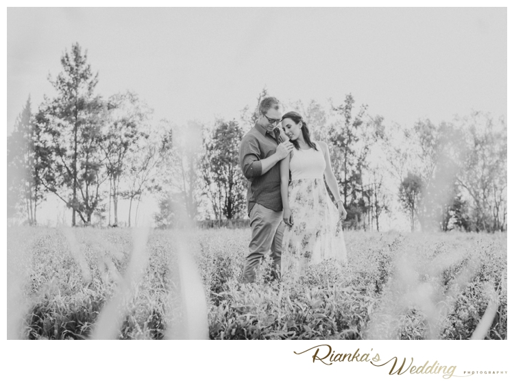 riankas wedding photography in love engagement shoot simone george florence guest farm00015