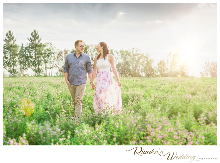 riankas wedding photography in love engagement shoot simone george florence guest farm00017