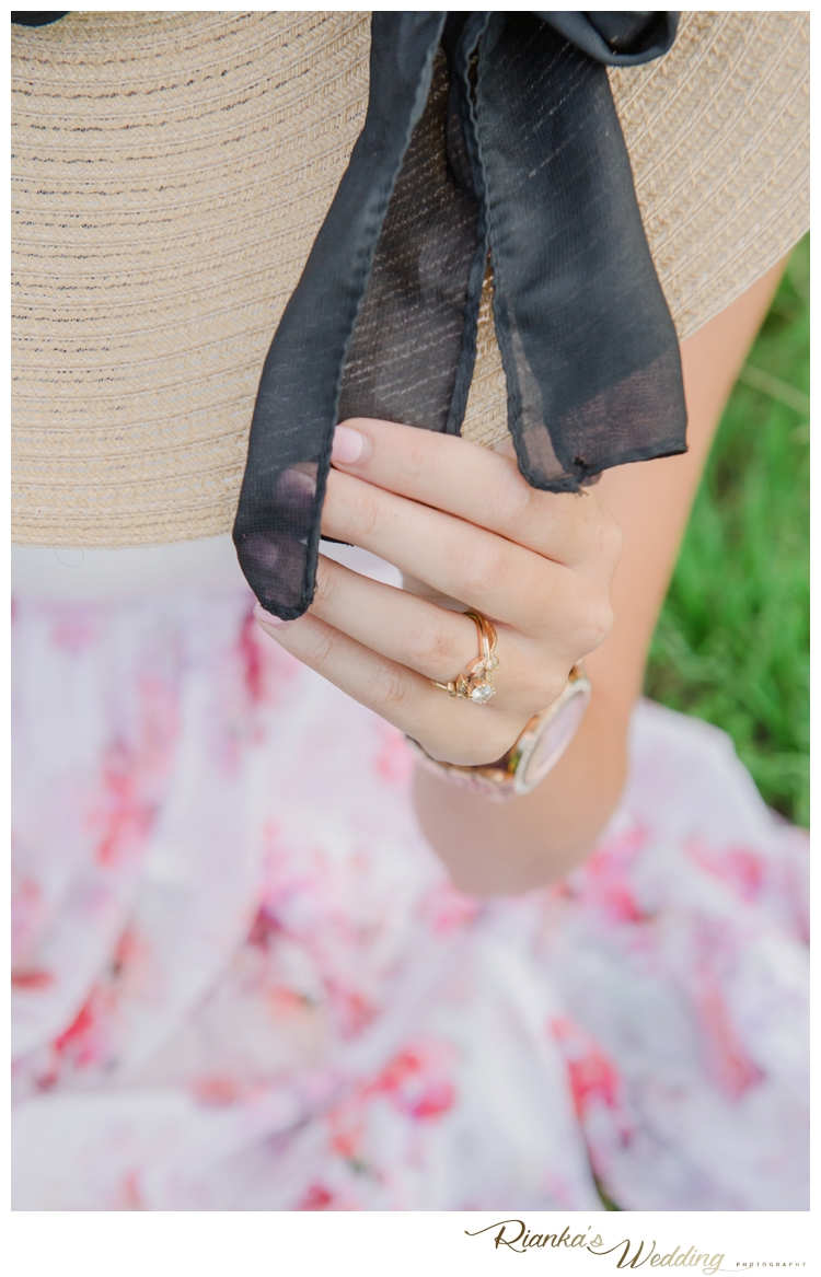 riankas wedding photography in love engagement shoot simone george florence guest farm00019