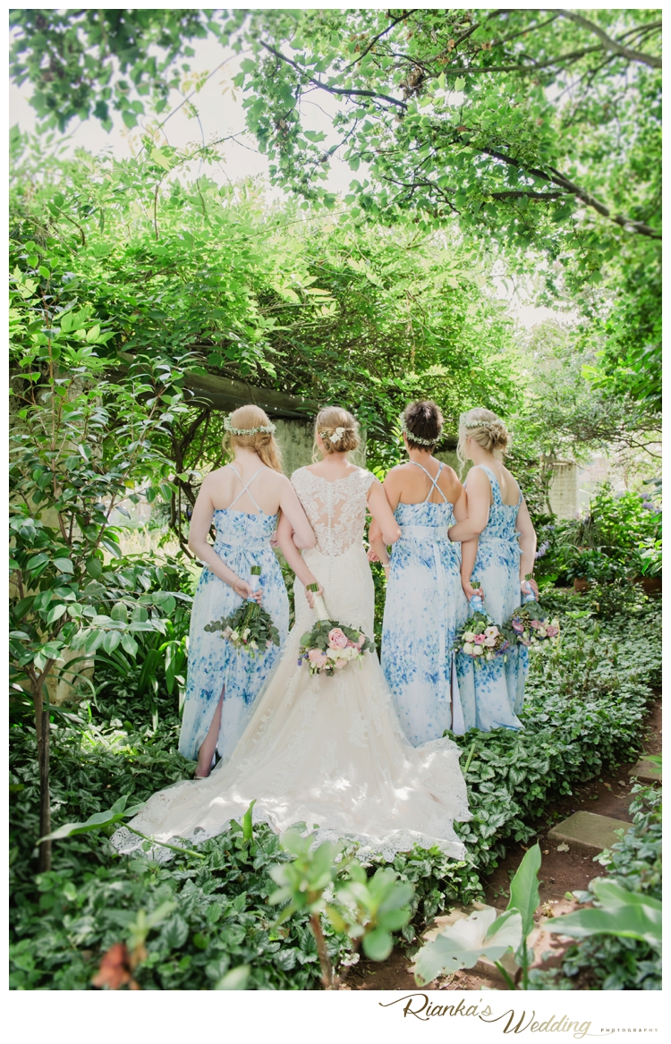 Riankas Wedding Photography Pips & Sean St Johns College Wedding00039