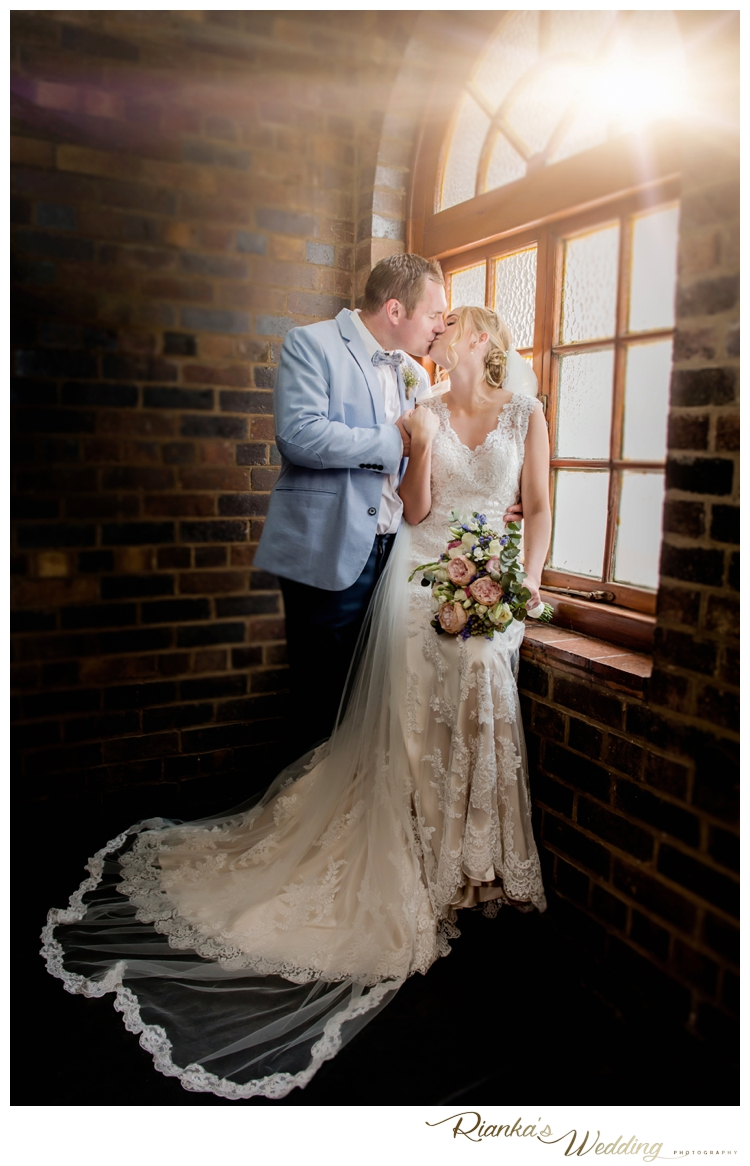 Riankas Wedding Photography Pips & Sean St Johns College Wedding00063