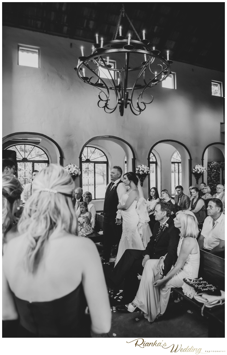 riankas wedding photography moon and sixpence wedding craig and bianca00072