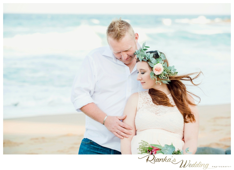 riankas weddings maternity sand beach shoot00009