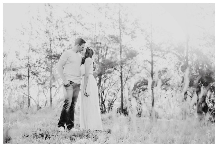 riankas-wedding-photography-stephania-tyrin-engagement-shoot-toadbury-hall00021