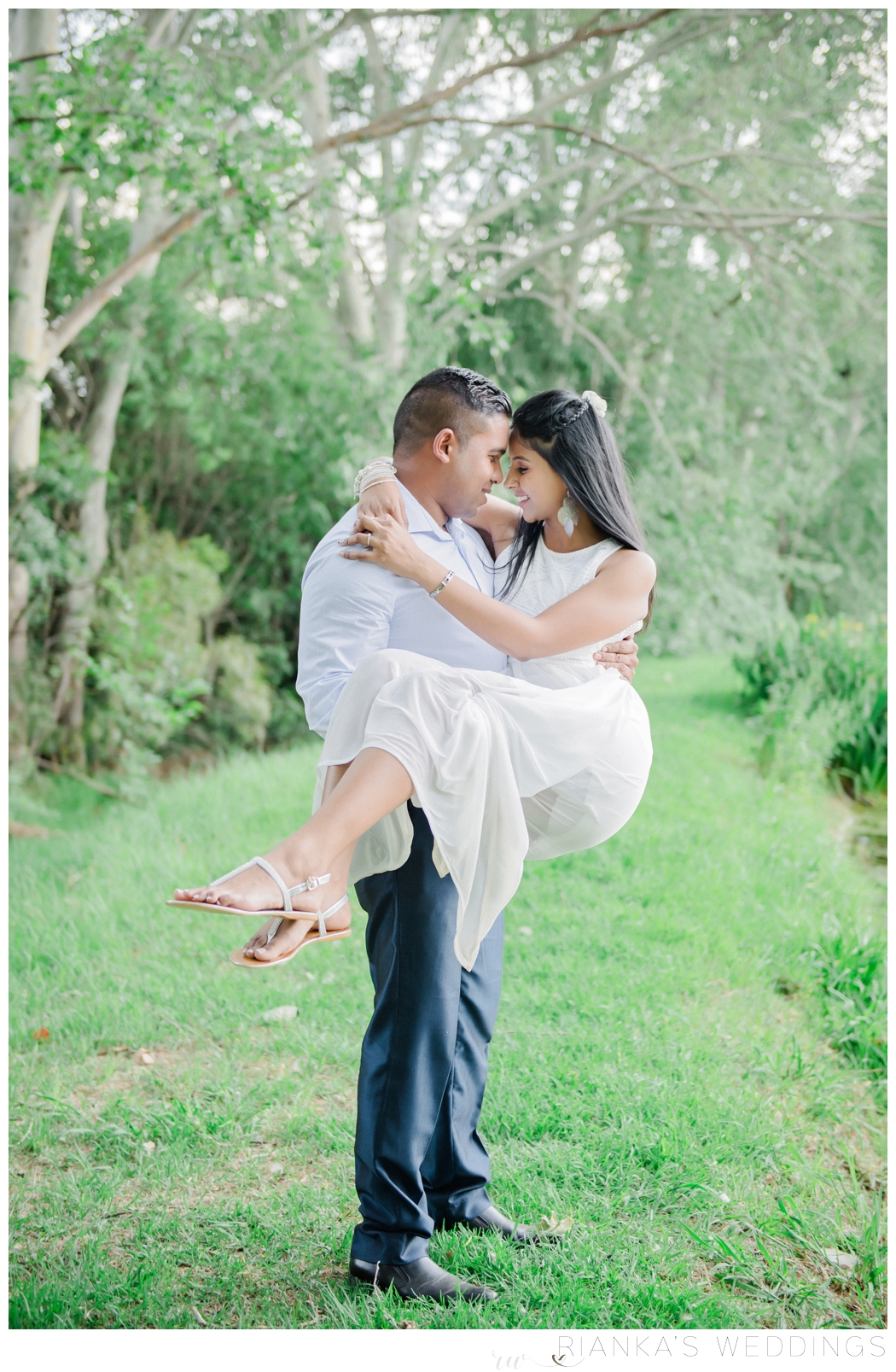 riankas-wedding-photography-toadbury-hall-engagement-risha-kreyan00019