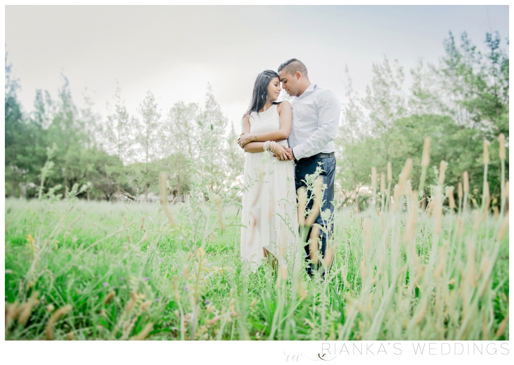 riankas-wedding-photography-toadbury-hall-engagement-risha-kreyan00029